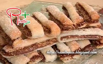 Sfogliatine al Cioccolato e Nocciole di Tessa Gelisio da Cotto e Mangiato