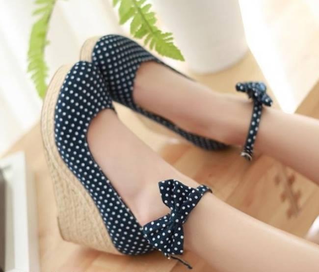 Mavi dolgu topuk ayakkabı