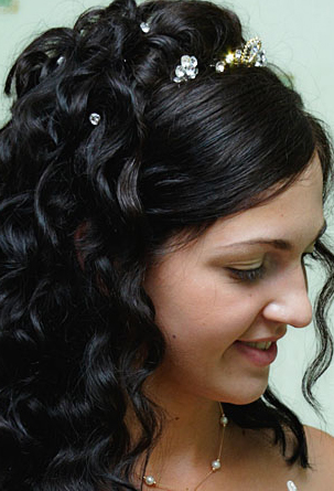 Trend Bridesmaid Hairstyle 2