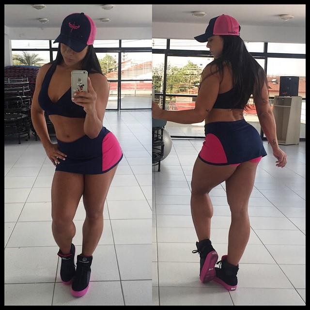 - WOMEN's muscular ATHLETIC LEGS especially CALVES - daily
