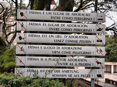 Entrada al Santuario de Fátima