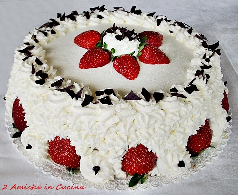 Torta panna e fragole per il mio compleanno 2 amiche in for Decorazioni torte con fragole e cioccolato