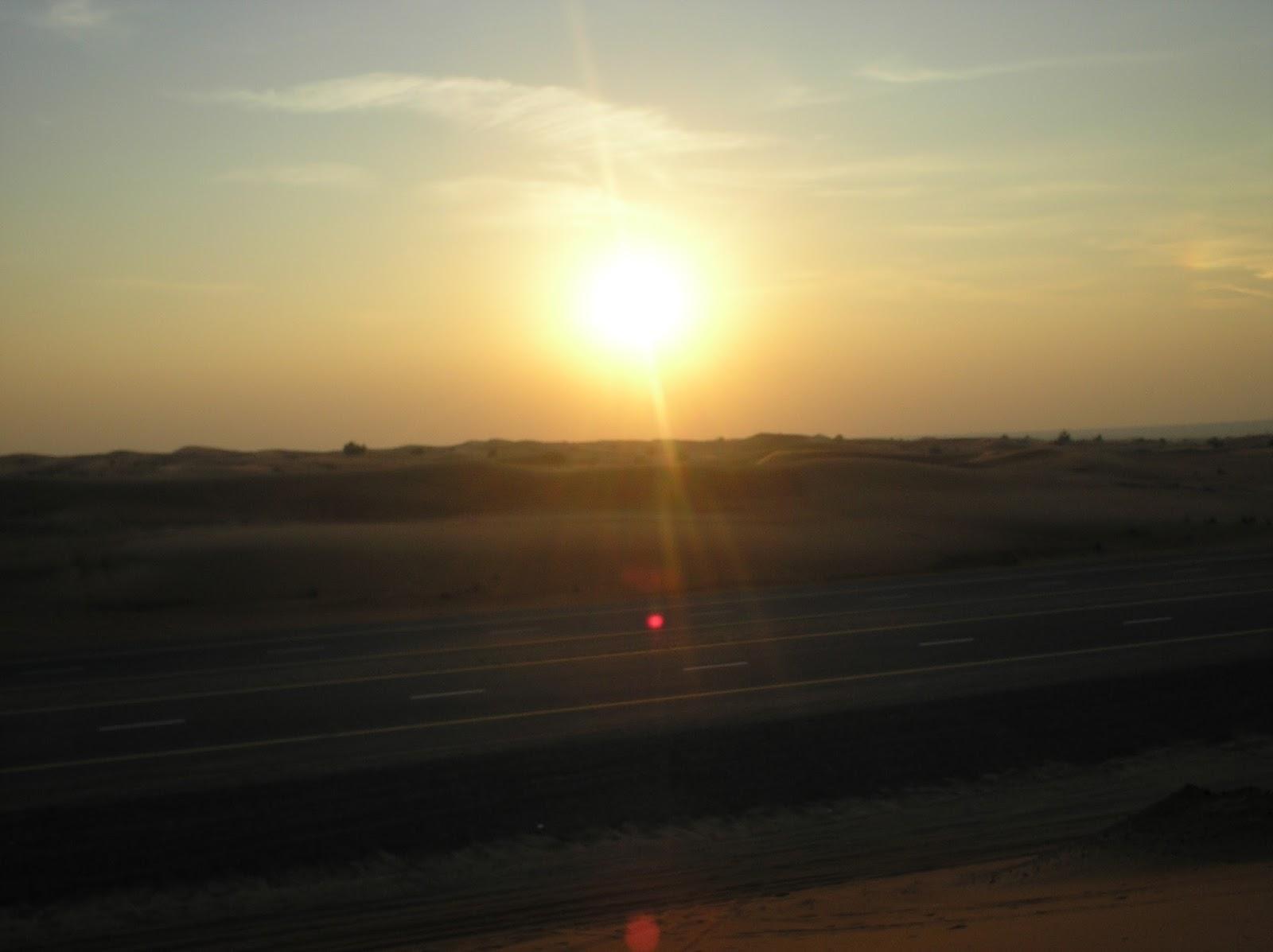 sand dune ride, dubai