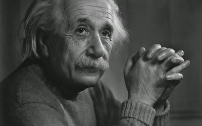 Những câu danh ngôn kinh điển của Albert Einstein