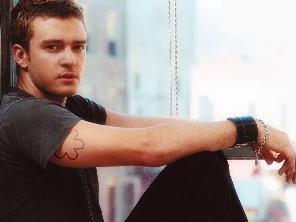 http://4.bp.blogspot.com/-xIXfh91bpQI/TV8_xiszRFI/AAAAAAAAAA8/V9Ur6tR3qgo/s1600/Justin_Timberlake.jpg
