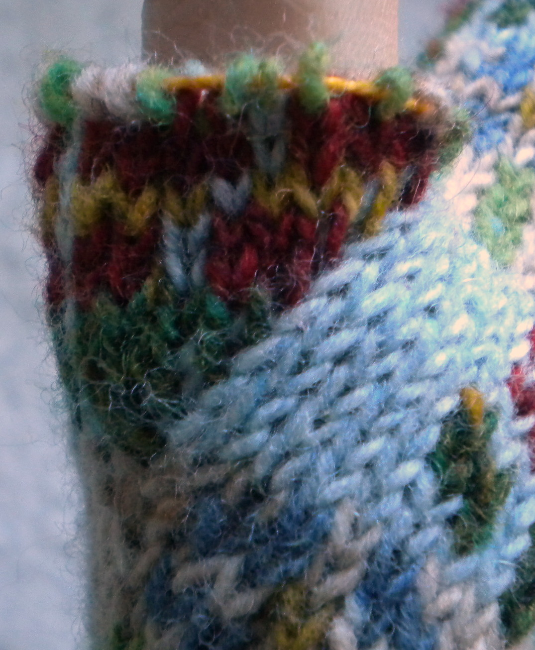 Knit Increase Stitch Invisible : Comprehensively Quirky: Easy (Almost) Invisible Fair Isle Increase