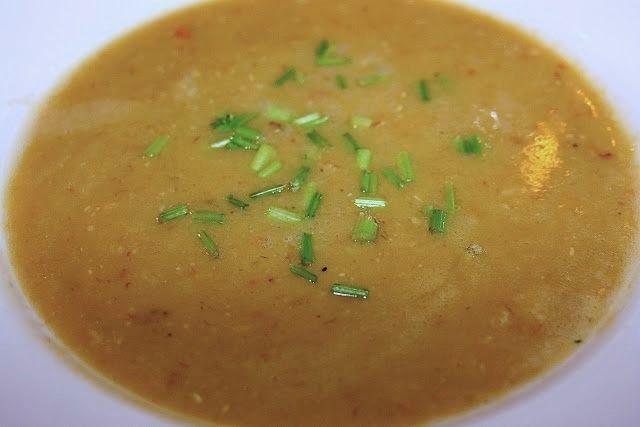 Indian Lentil Soup: simplelivingeating.com