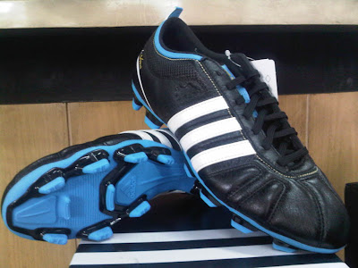 Sepatu Bola Adidas Adinova IV Black/White/Blue