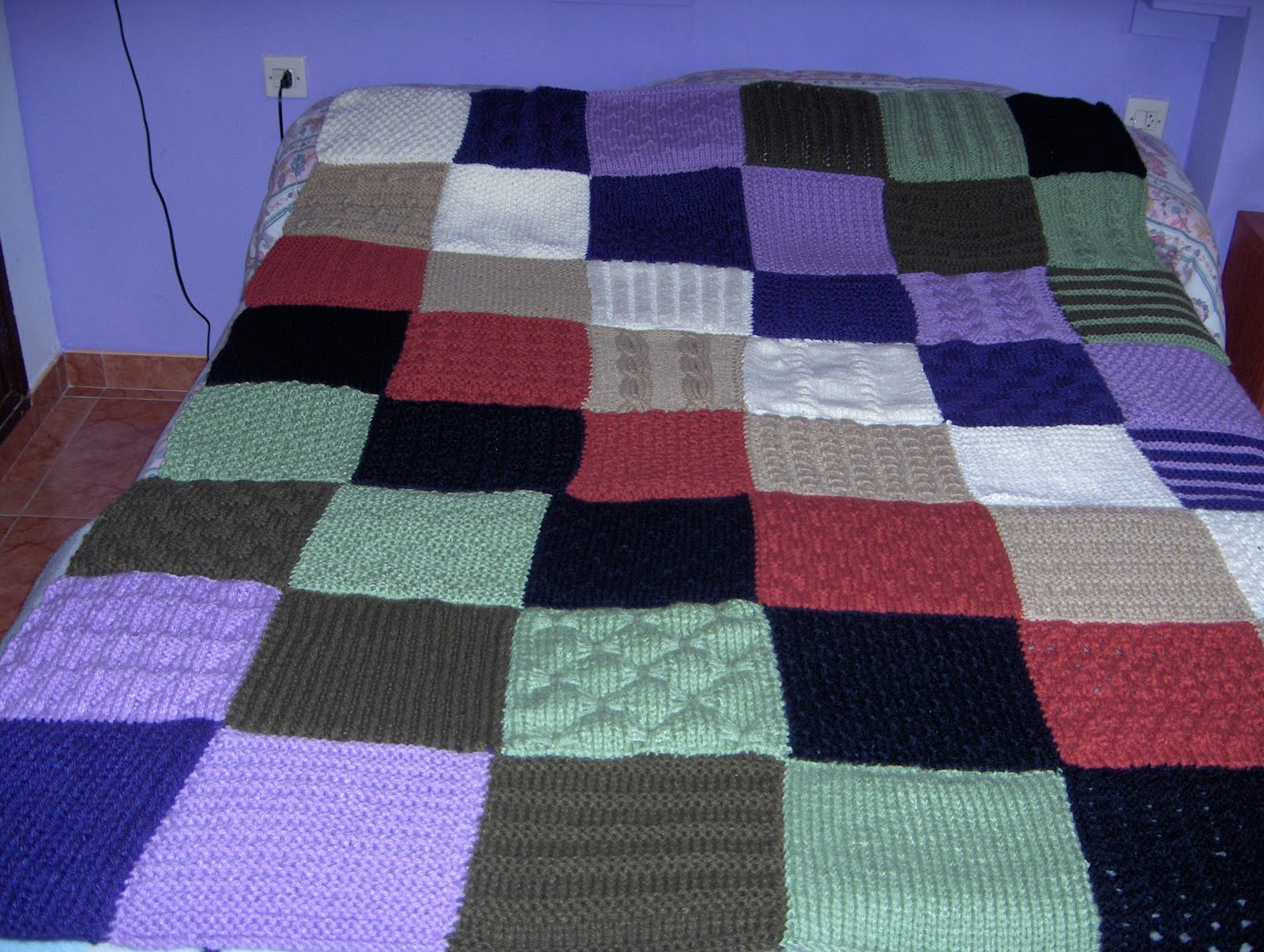 Buenos momentos colcha de lana for Colchas de punto de lana