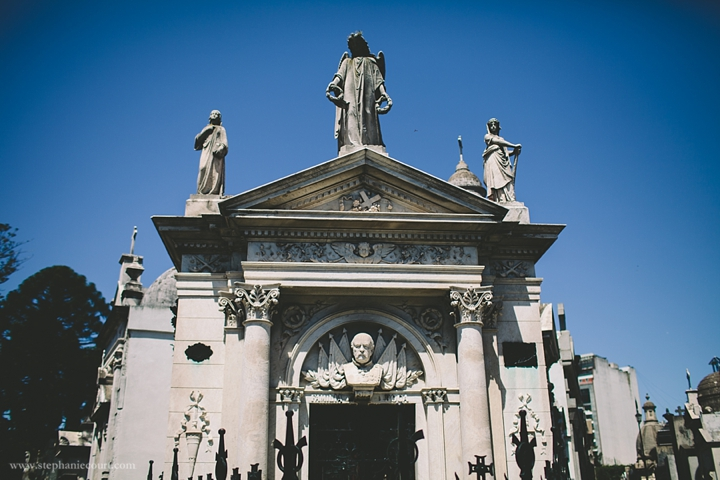 """recoleta cemetery buenos aires"""
