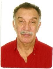 Emanuel Medeiros Vieira, poeta, cronista, contista, romancista. Um homem do seu século.
