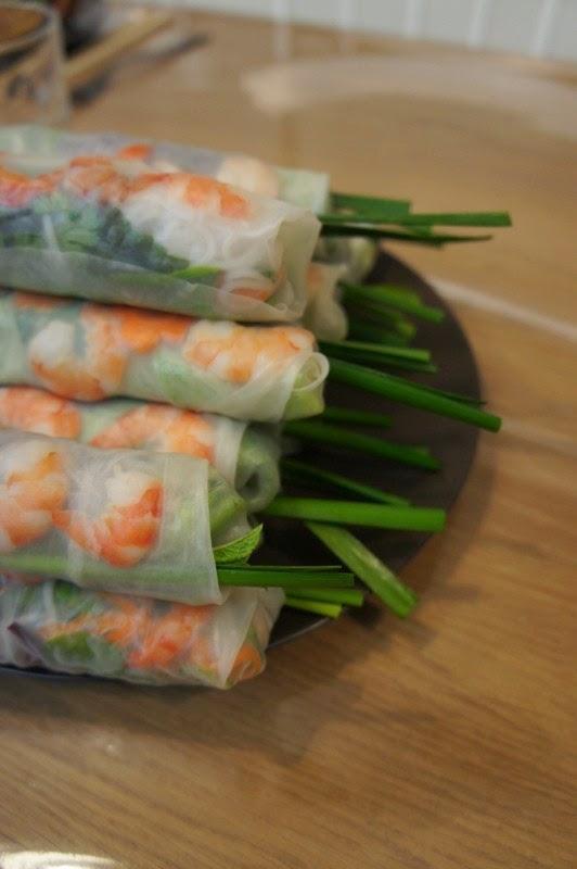 Gourmandises et merveilles rouleaux de printemps for Apprendre cuisine asiatique