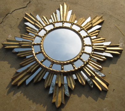 Mix and chic fabulous finds starburst sunburst mirrors for Starburst mirror