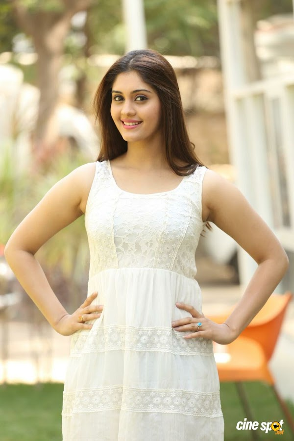 Express raja heroine Surabhi Latest Gorgeous Looking Pics,Surabhi Hot Photos, Surabhi Hot Stills, Surabhi Sexy Photos, Surabhi Latest Sexy Stills, Surabhi Hot Legs Photos, Surabhi Legs Show, Surabhi Sexy Legs Showing Photos, Surabhi New Hot Images, Surabhi Sexy Pics, Surabhi Latest Unseen Photos, Surabhi Hot Photo Gallery, Surabhi Lovely Photos, Surabhi New Cute Images