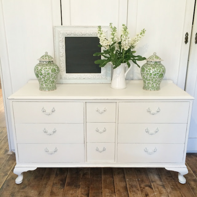 Lilyfield Life: Painting Bedroom Furniture White