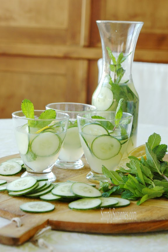 High-Heeled Love: Weekly Round-Up - Cucumber Mint Lemonade from Simply Suzanne's