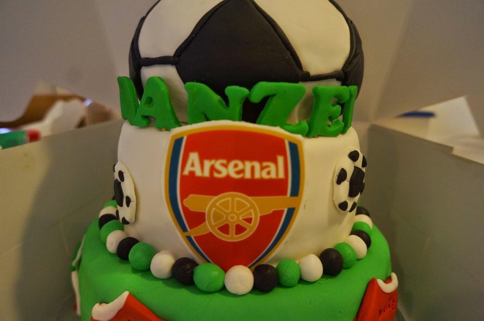 Jembakes Arsenal soccer cake for 1st birthday
