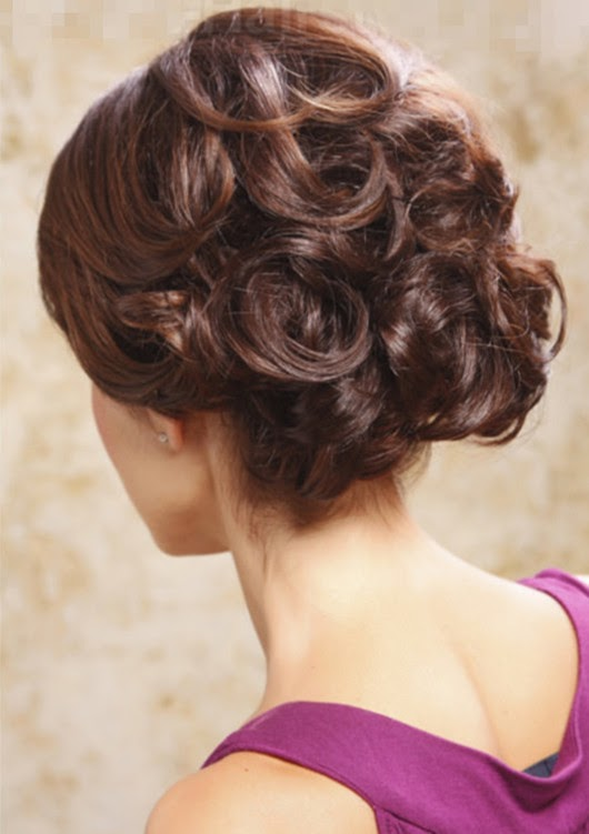 long hairstyle bouffant wirled curl hairdo