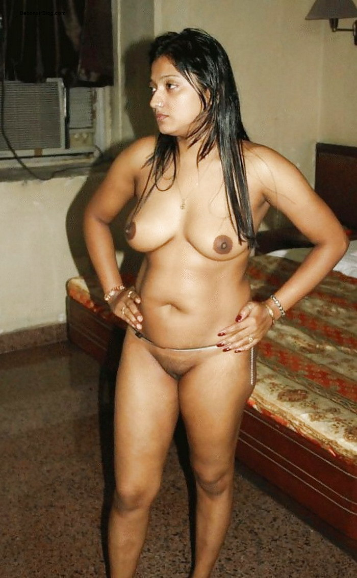 Nude india full pundai