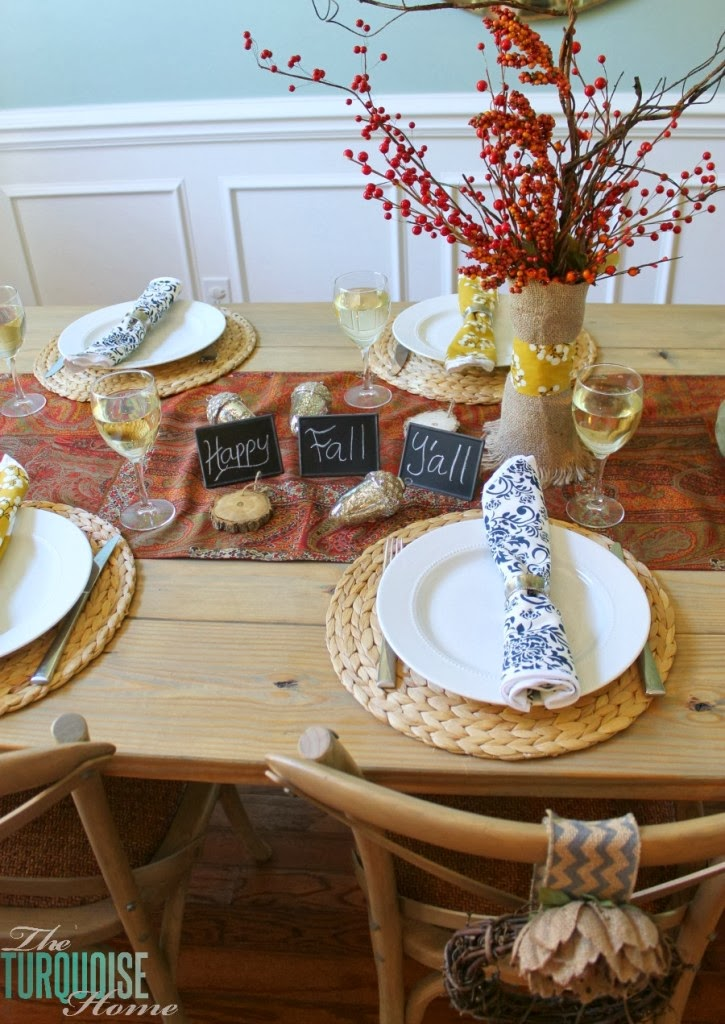 http://theturquoisehome.com/2013/10/happy-fall-i-days-home-tour/