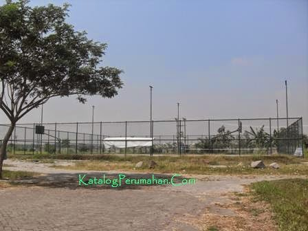 Lapangan Tennis Mandiri Residence