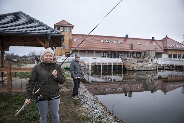 Warsztaty kulinarne nad Stawami Milickimi z Kuchnią Lidla i Karolem Okrasą, czyli ryby są super!