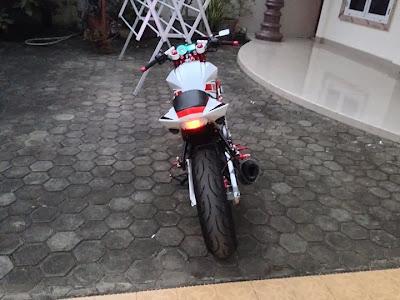 Yamaha Vixion Streetfighter 2012