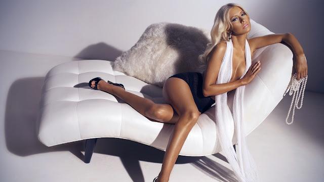 Hot Christina Aguilera on White Sofa