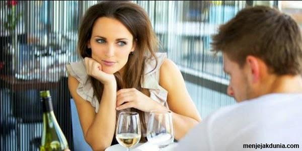 Mau tau 9 Bagian Tubuh Pria Yang Sering Diperhatikan Wanita