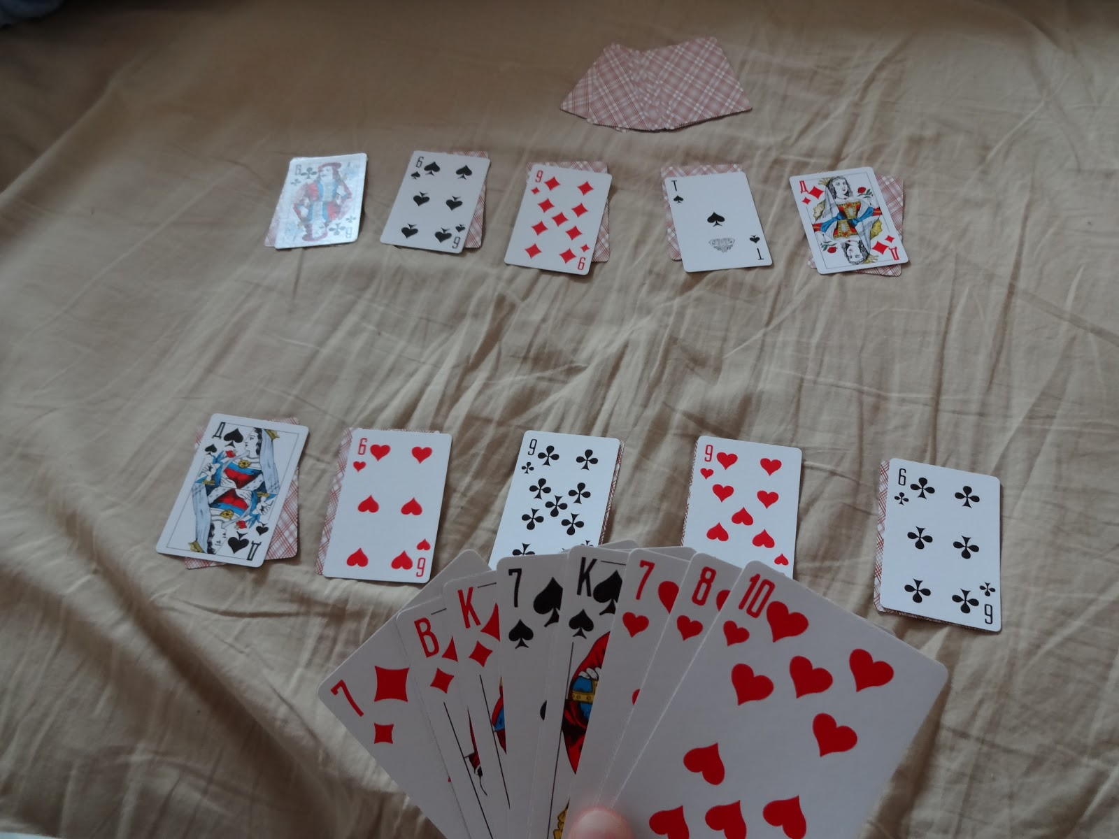 Tell me how to play the card game SECA