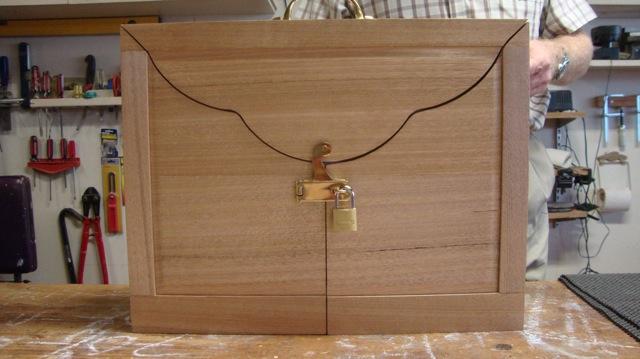 news views clues and reviews kamishibai box. Black Bedroom Furniture Sets. Home Design Ideas