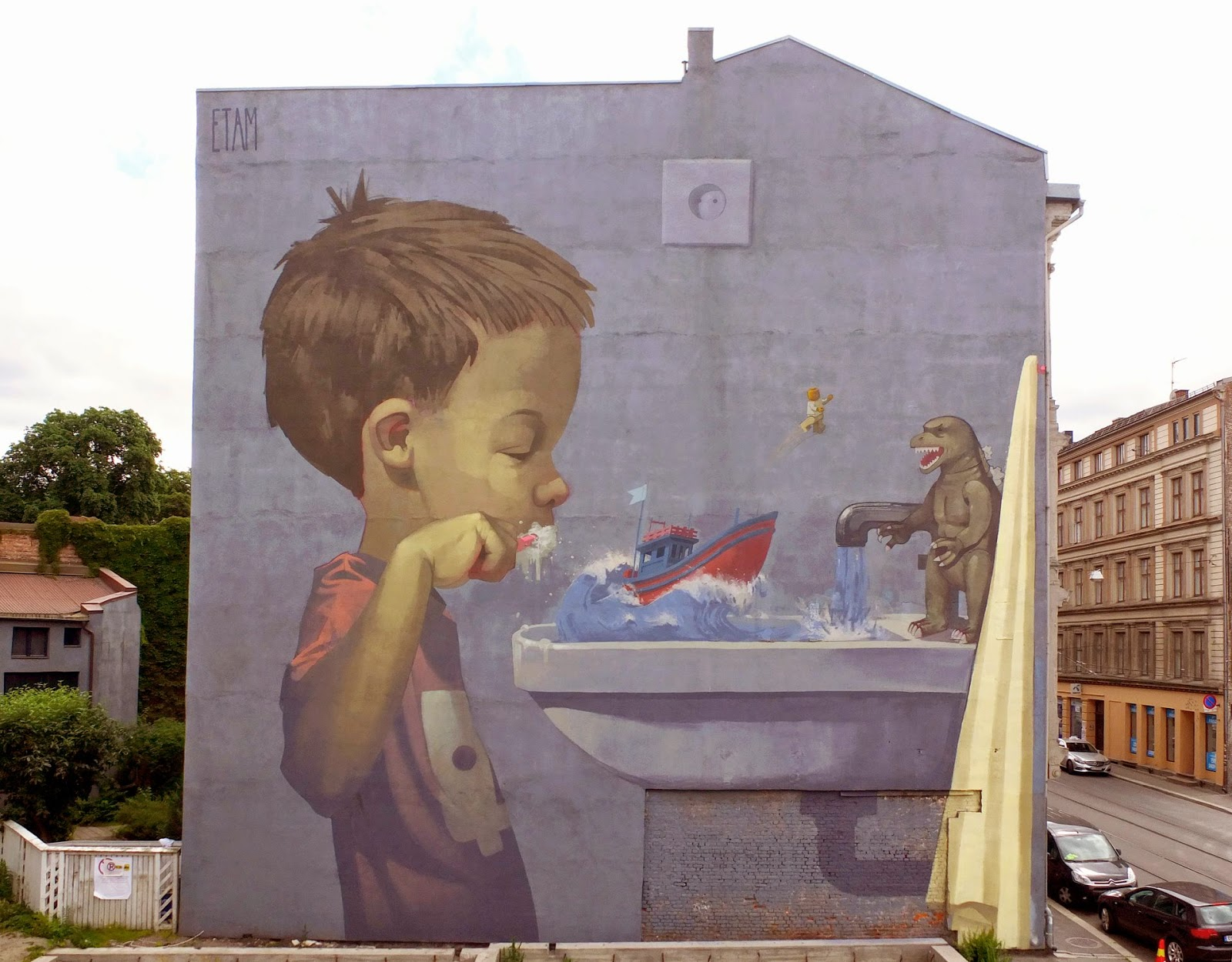 Etam cru new mural oslo norway streetartnews for Fresque murale definition