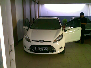 Pengiriman Ford Fresta B 1806 SNZ Jakarta ke Bali