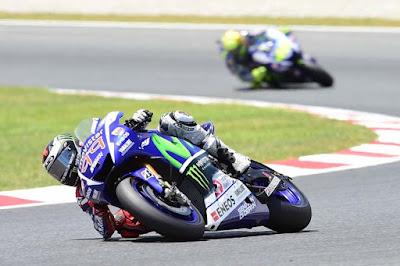 Di Lap-lap Akhir Catalunya, Ternyata Lorenzo - Rossi Pikirkah Hal yang Berbeda?