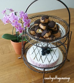 http://countrycottagemusings.blogspot.ca/2014/07/gluten-free-blueberry-swirl-marshmallow.html