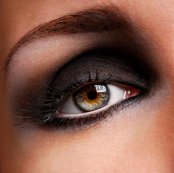 maquillaje para ojos hundidos y pequeños