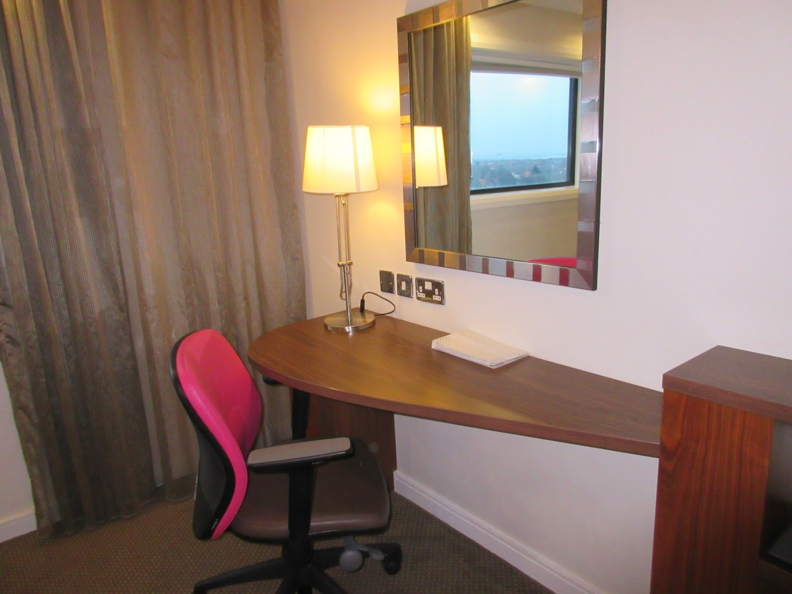 Hampton by Hilton John Lennon Airport Hotel Review