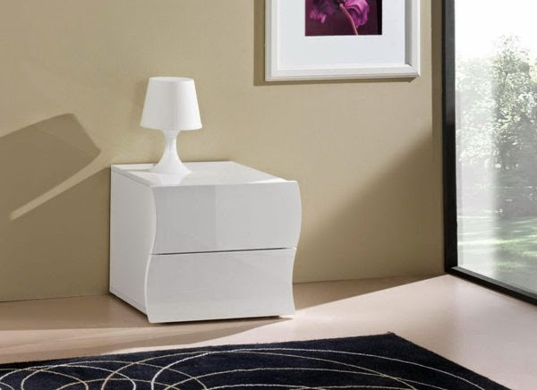 contemporary bedside tables tips and designs. Black Bedroom Furniture Sets. Home Design Ideas