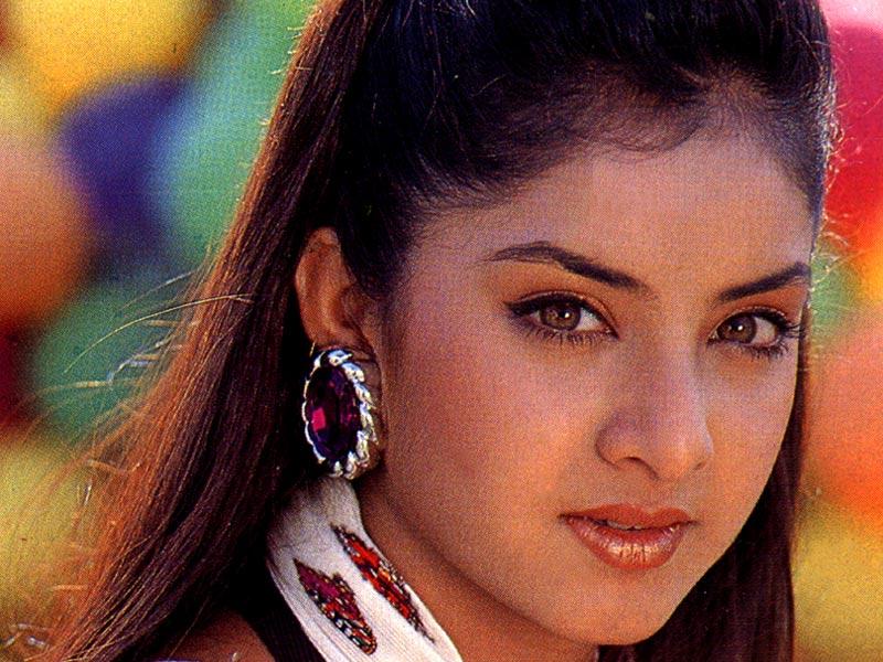 Hot And Cool Divya Bharti