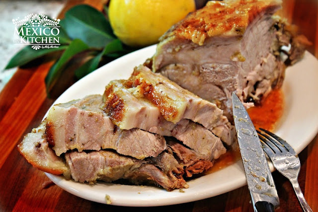 Roasted pork leg recipe easy and with excellent results to impress your guests.