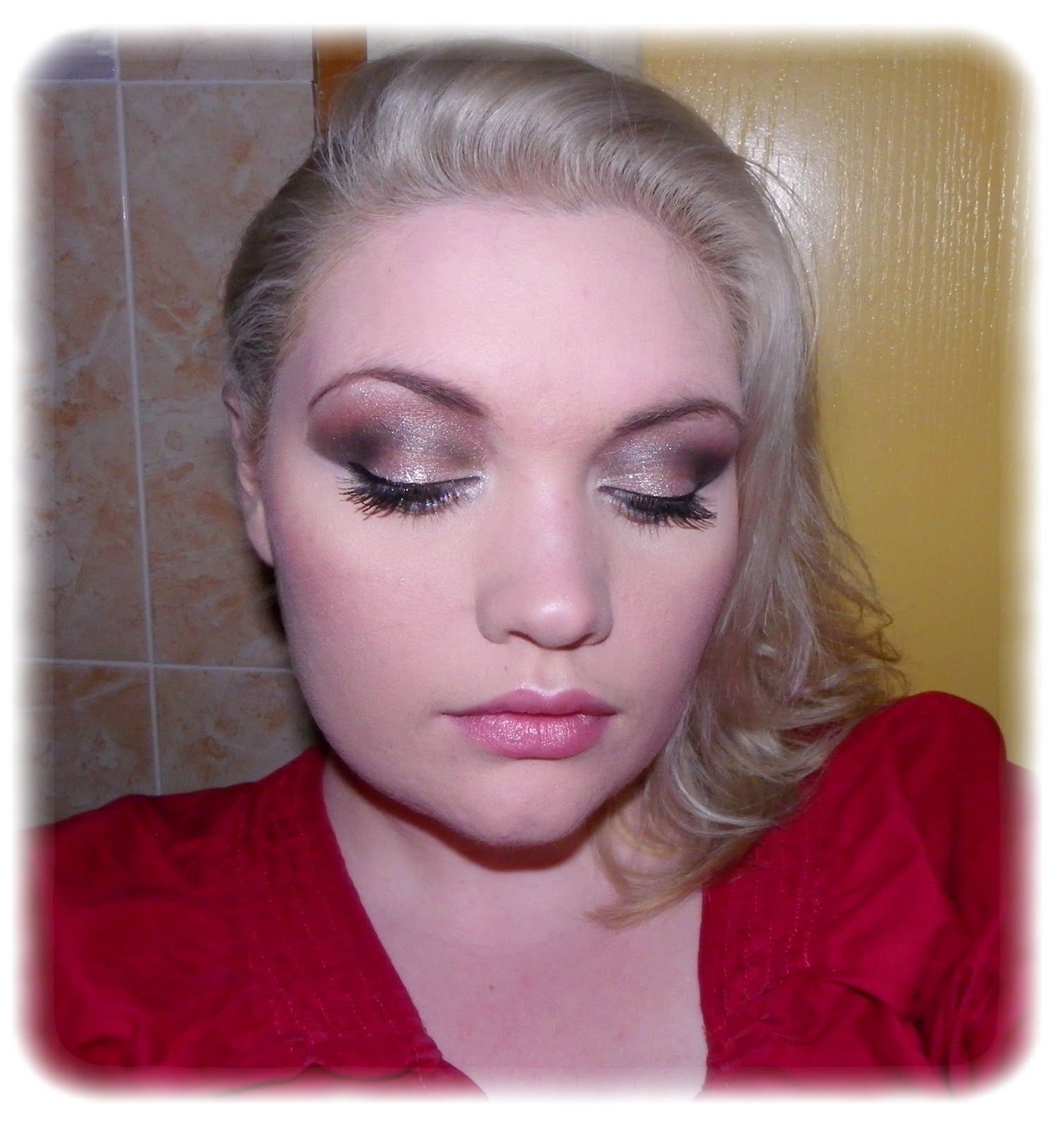 Make me up maquillage du nouvel an brillant - Maquillage nouvel an ...