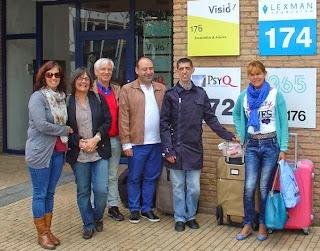 Fotografia do grupo de participantes, à porta do Centro Regional da VISIO, em Apeldoorn