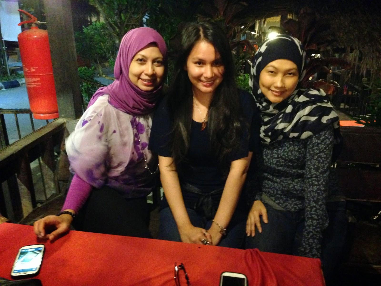 Supper at Puncak Mutiara Cafe