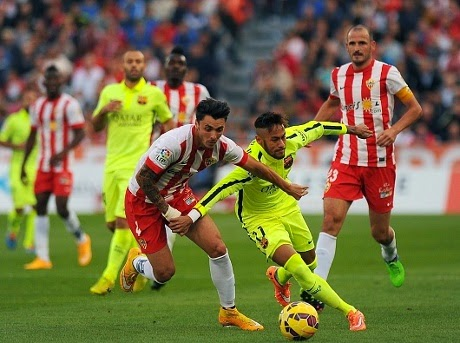 Barcelona Susah Payah Taklukkan Almeria 1-2