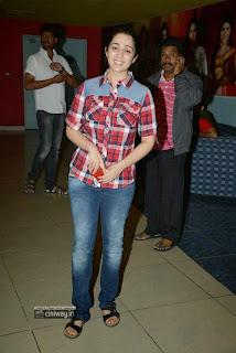 Charmi-Stills-at-Satya-2-Premiere-Show