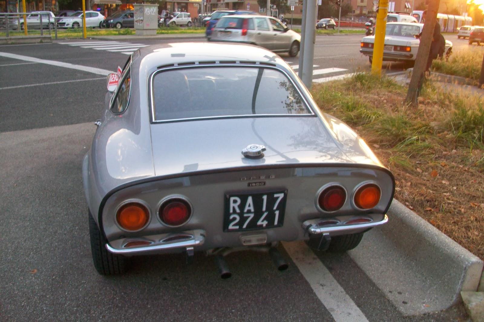 Treggia 39 s blog vecchie auto a firenze die korvette ja for 2 case di storia in vendita vicino a me
