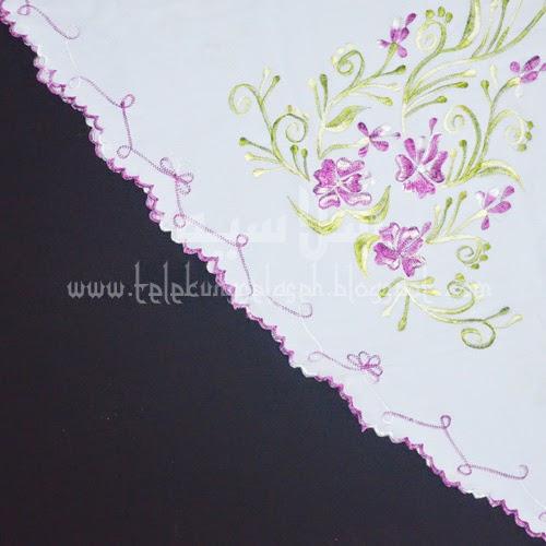 Telekung Vietnam bunga ungu-putih / daun hijau-kuning sulam sisi