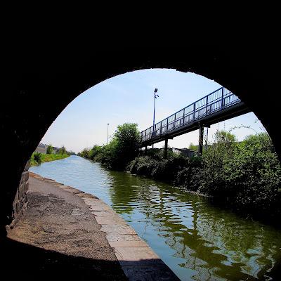 Bajo el puente de Broomsbridge