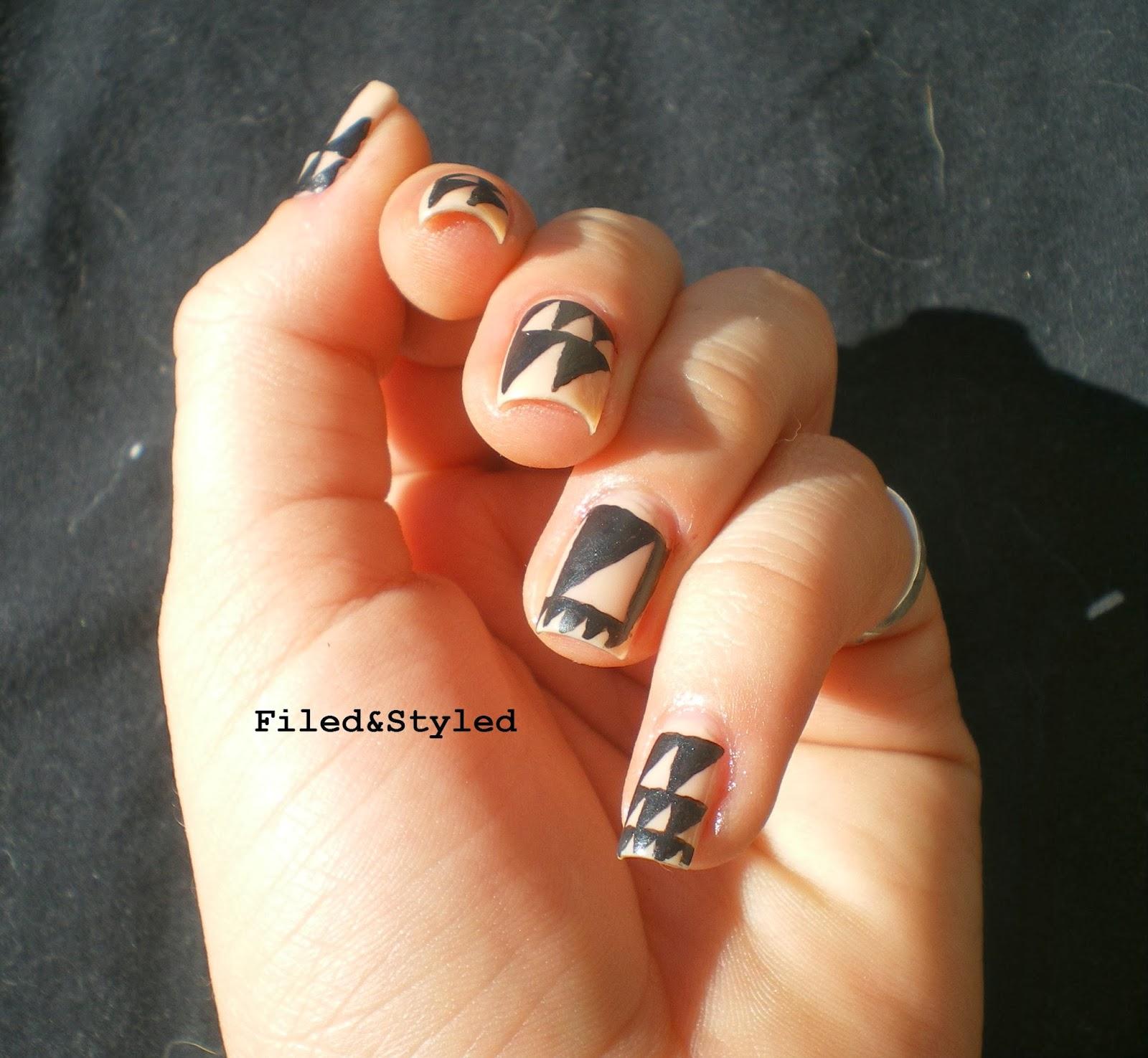 Pottery Nail Art