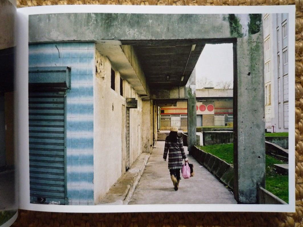 Architectures de Cartes Postales 2: Archives 01